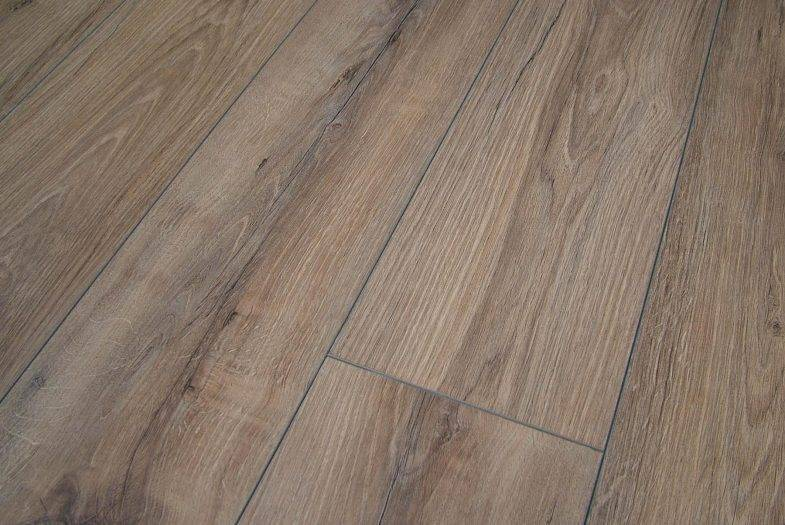 Americo Oak Dark laminate flooring