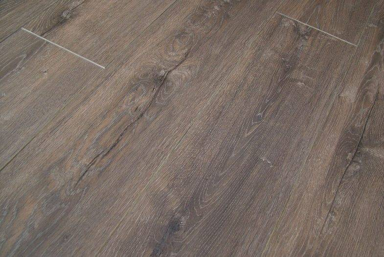 Lifestyle Chelsea Avenue Oak laminate flooring balterio