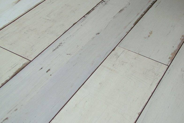 Krontex Brave reclaimed oak laminate flooring