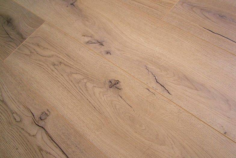 Kronotex Century Oak Beige laminate flooring