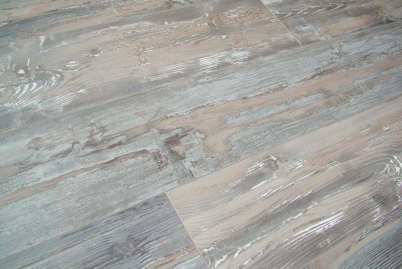 Kronoswiss Historic Oak distressed effect laminate flooring