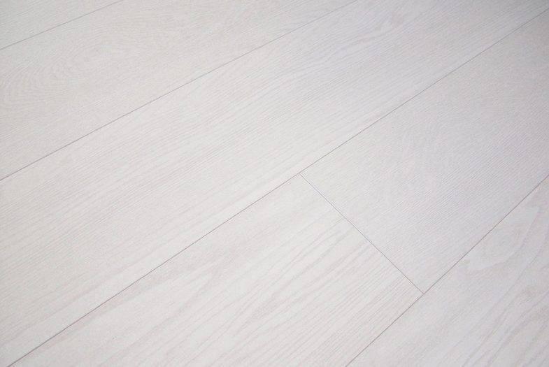 Chene Oristano Oak white laminate flooring
