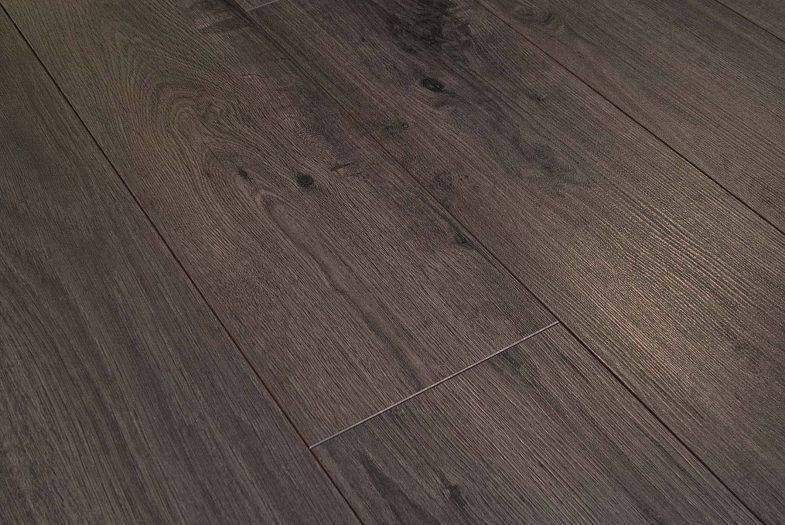 Solido Elite Phoenix Oak laminate flooring