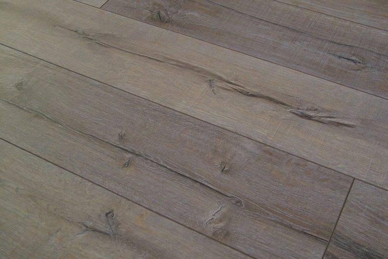 Kronoswiss Rift Oak laminate flooring