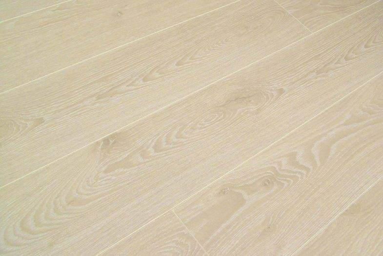 Kronotex 10mm AC5 Amazone Timeless Beige Oak laminate flooring