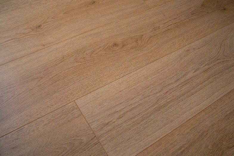 Kronotex Trend Oak Brown laminate flooring