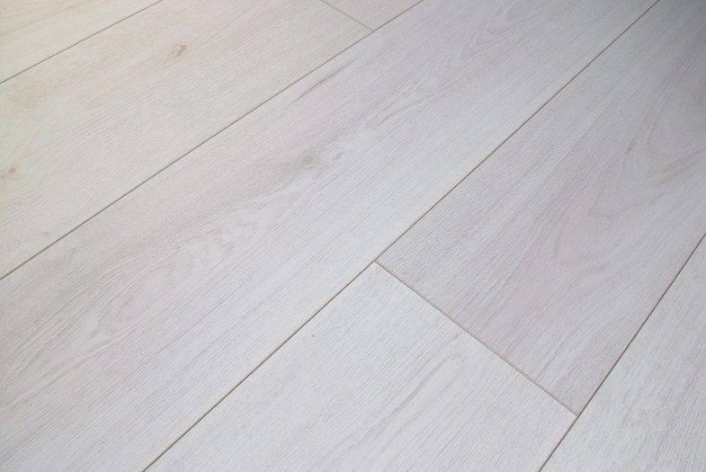 Kronotex trend white oak laminate flooring