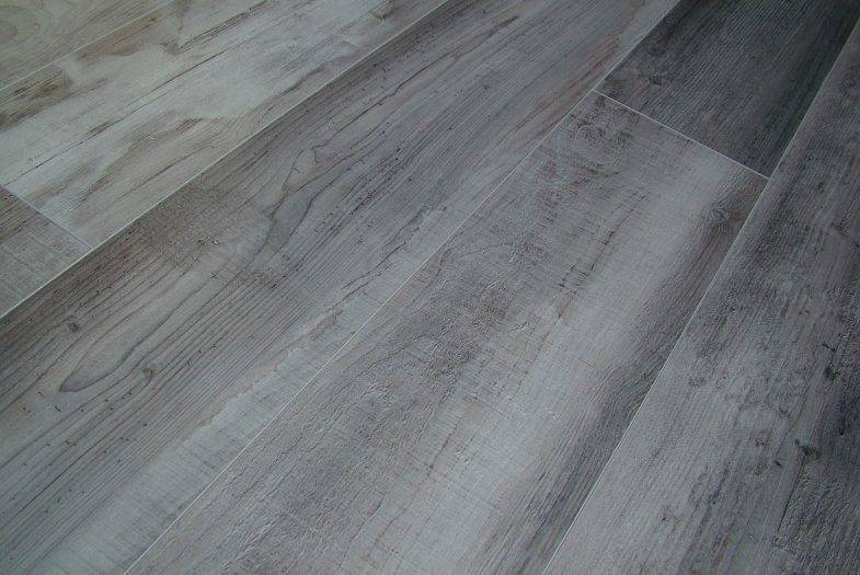Kronoswiss 12mm Minto Pine laminate flooring