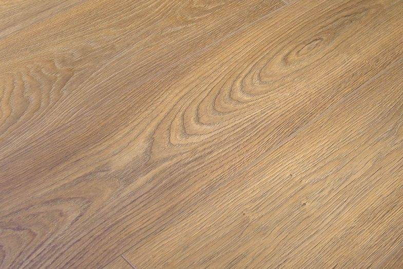 Kronoswiss 12mm Verbier Oak laminate flooring