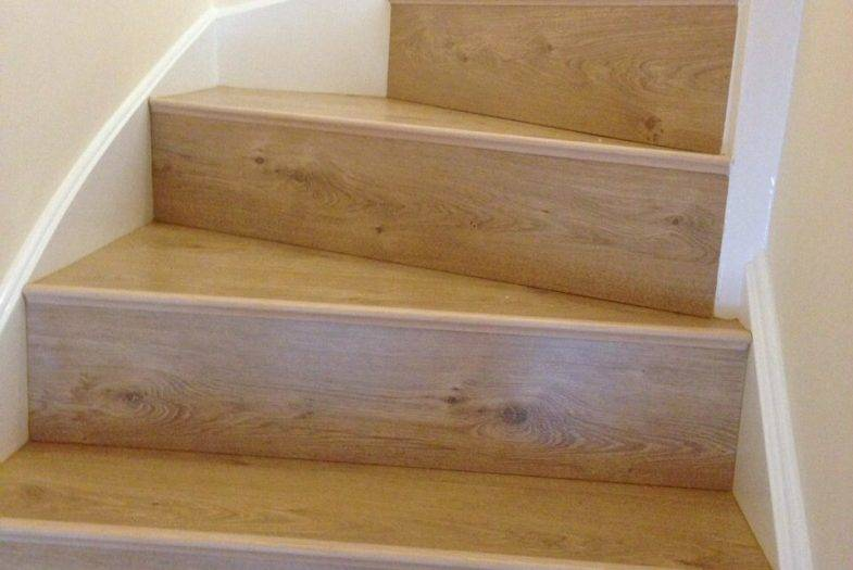 Oak staircase floor fitting job
