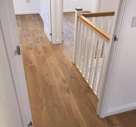 Kronoswiss Zermatt Oak floor fitting job