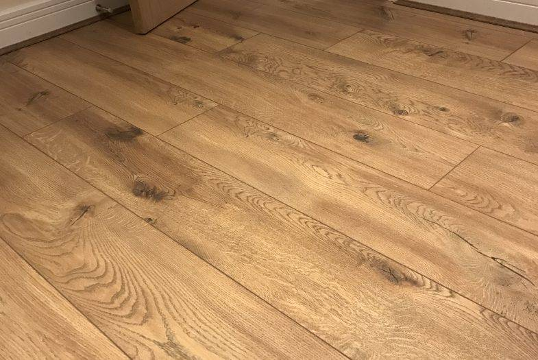 Cavallo Oak laminate floor fitting job