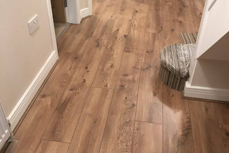 Kronoswiss Cavallo Oak laminate floor fitting job