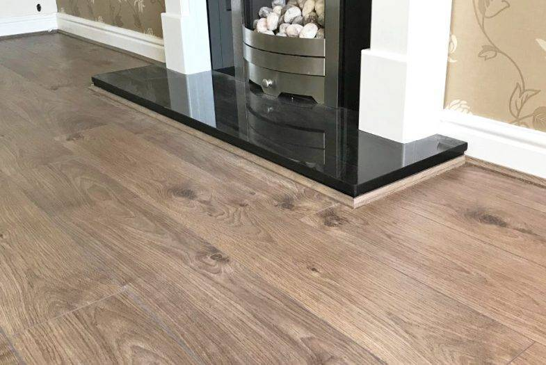 Solido Kansas oak laminate floor fitting job