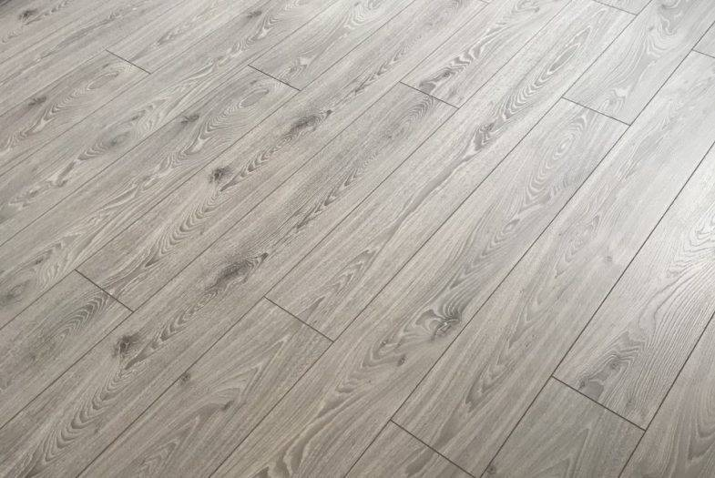 Timless Grey Oak floor fitting job