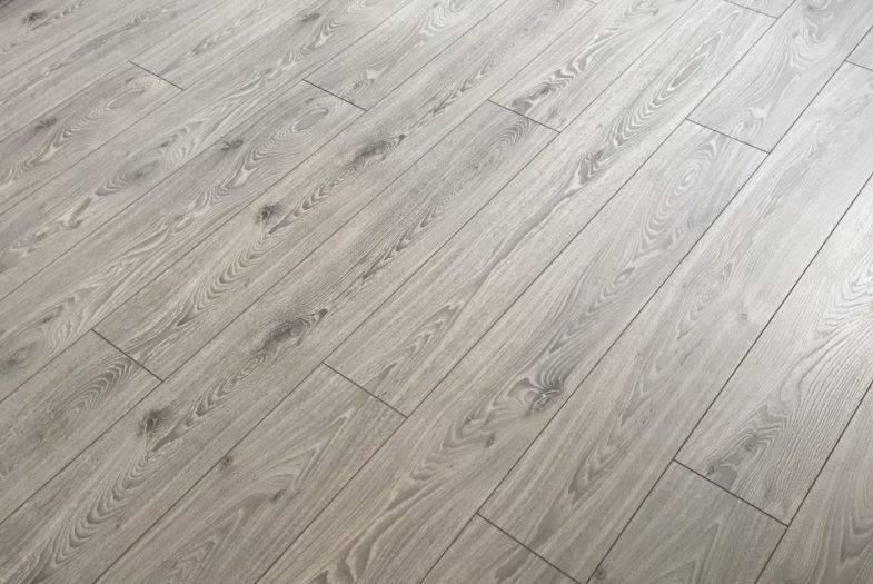 Timless Grey Oak floor fitting job