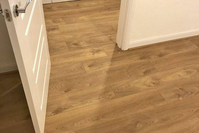 Kronoswiss 12mm Zermatt Oak laminate floor fitting