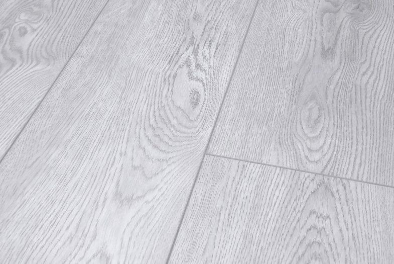 Lifestyle chelsea glamour oak laminate flooring grey