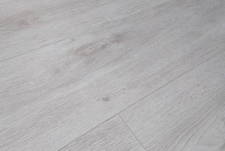 Kronotex Robusto Premium Grey Oak 12mm laminate flooring