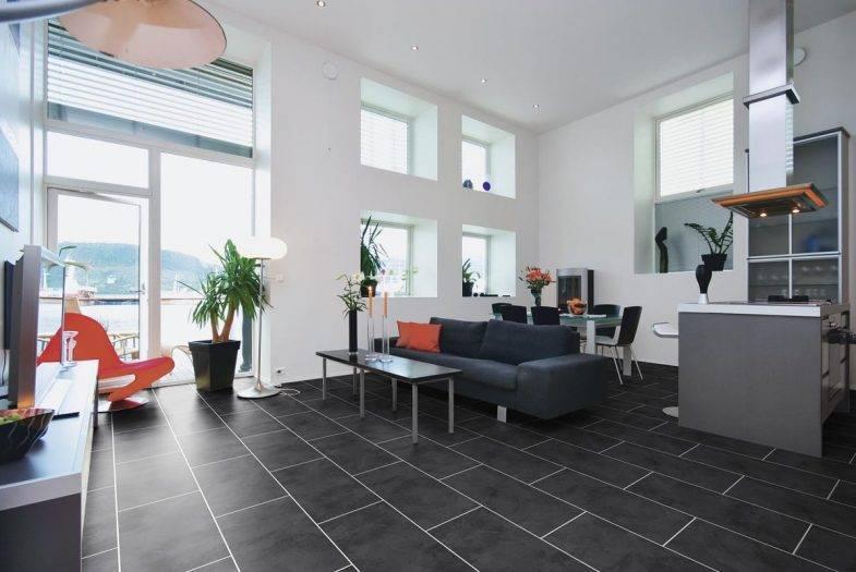 Luvanto Black Slate click vinyl flooring tiles