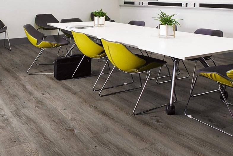 Lifestyle Buff Oak click lvt flooring