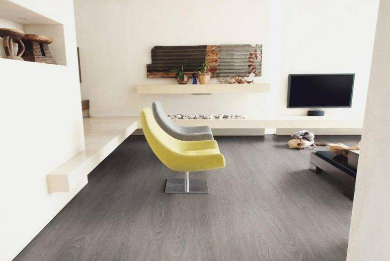 Luvanto Washed Grey Oak LVT click vinyl flooring tiles